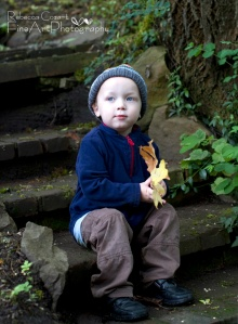 HENRY - on steps