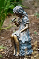 Odd - Garden statue postarized_1