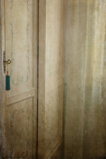 Odd - Door